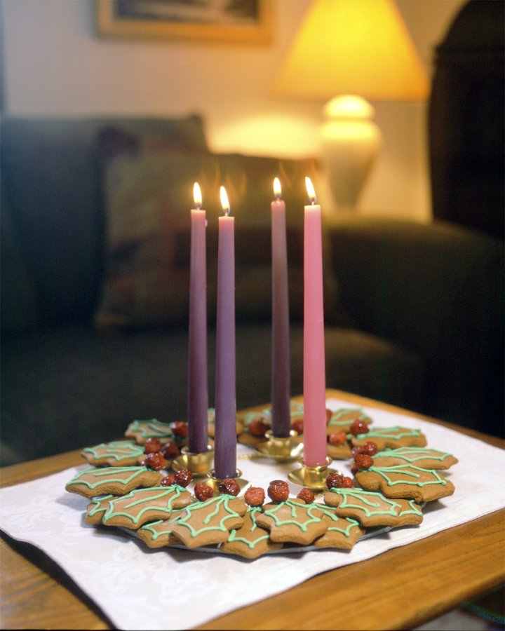 Candles, cookies, Closeness and Christmas